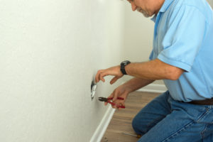 5 Reasons to Insist on Working with a Licensed Electrician